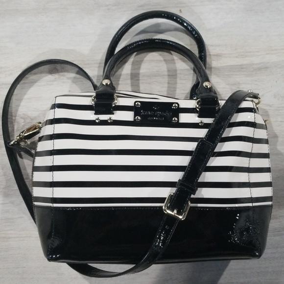 kate spade Handbags - ⭐⭐HOST PICK⭐⭐Kate Spade patent leather crossbody